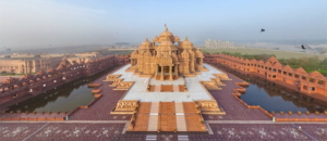 akshardham temple, one of the best places to visit in delhi