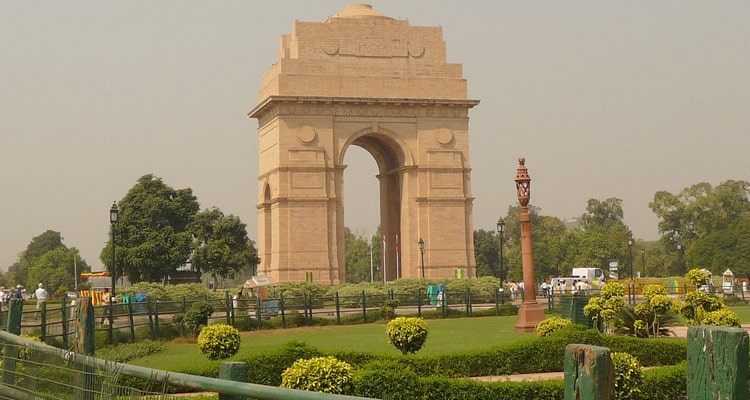 Places to visit in delhi at evening, india gate