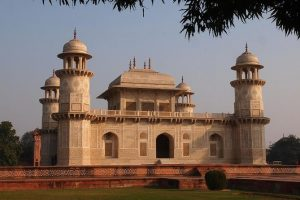#3 Thing to do in Agra - The tomb of Itmad-Ud-Daula in Agra